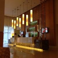 Foto tomada en Ibis Deira City Center por Bora A. el 10/20/2012