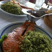 Photo taken at Restaurante Meia Pataca by Junior I. on 1/4/2013