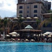 9/17/2012 tarihinde Burçin A.ziyaretçi tarafından Cratos Havuzbaşı'de çekilen fotoğraf