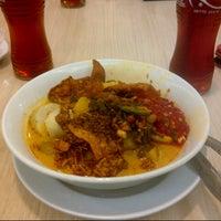 Photo taken at Ayam Goreng Kalasan by wiwi on 10/4/2012