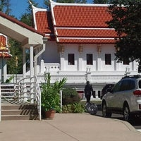 Photo taken at Wat Mongkoltepmunee (Thai Buddhist Temple) by Andi S. on 9/23/2012