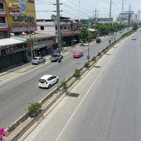 Photo taken at พระรามที่2 ซอย20 by Grammarian R. on 4/21/2013