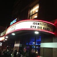 2/18/2013 tarihinde Drew A.ziyaretçi tarafından United Artists Court Street 12 & RPX'de çekilen fotoğraf