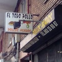 Photo taken at El Todo Pollo by Jota ⓙ ✔ (. on 6/6/2014