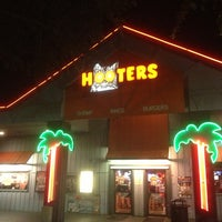 Photo taken at Hooters by CLVTCH on 6/11/2013