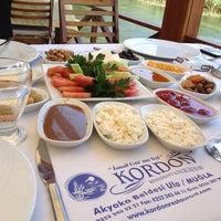 7/3/2013 tarihinde Hilalziyaretçi tarafından Kordon Restaurant'de çekilen fotoğraf