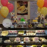 Photo taken at Nothing Bundt Cakes - Sunnyvale by Nadia I. on 7/8/2015