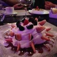 Das Foto wurde bei Eloise, Chic Cuisine von Zutanita R. am 9/14/2013 aufgenommen