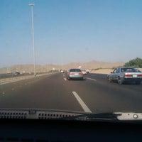 Photo taken at Makkah-Jeddah Highway by Anmar on 11/3/2013