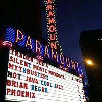 Photo prise au Paramount Theatre par Kristin D. le3/17/2013