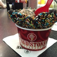 Photo taken at Cold Stone Creamery by Mohammed M. on 3/12/2015