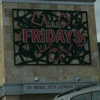 Photo taken at TGI Fridays by Laurie S. on 9/6/2013