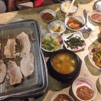 Foto scattata a Don ga korean restaurant da HaroLd James il 3/15/2016