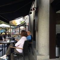 9/25/2014 tarihinde Alziyaretçi tarafından Cafeteria Alameda'de çekilen fotoğraf