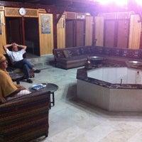 9/28/2012 tarihinde Gokhanziyaretçi tarafından Tarihi Karacabey Hamamı'de çekilen fotoğraf