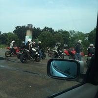 Photo taken at Patung Panahan Senayan by Rossalina P. on 5/22/2016