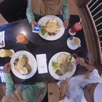 Photo taken at KamaLodge Cafe by Farahimfeng on 7/6/2016