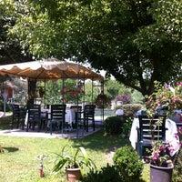 Photo taken at Kırkpınar palmiye cafe by Sevil on 7/29/2014