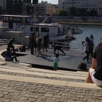 Photo taken at Quais De Seine - côté Levallois by Fabienne on 6/22/2014