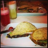 Foto diambil di Caffè Attuale oleh Daniela G. pada 3/10/2013