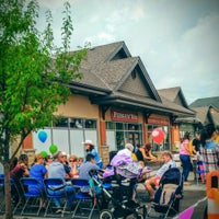 Photo taken at Fergus & Bix Restaurant and Beer Market by Calin D. on 7/9/2016