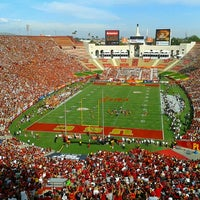 Photo taken at Los Angeles Memorial Coliseum by Joe G. on 9/22/2012