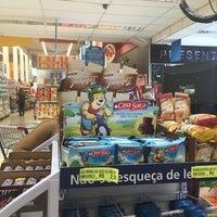 Foto tirada no(a) Supermercados Yamauchi por Marcelo em 11/14/2015