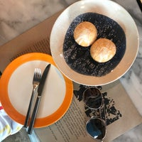 Foto scattata a La Dotta Pasta Bar & Store da Khaotok Kayla N. il 1/2/2018