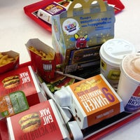 Снимок сделан в McDonald's пользователем Лиса 2/24/2013