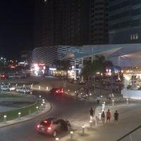 Foto tomada en Plaza Las Américas por David R. el 10/31/2012