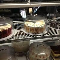 Photo taken at Ale Pie House by Thomas on 3/6/2013