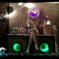 Photo taken at Le Pot au Lait by Gabriela Nicole G. on 10/4/2012