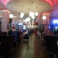 11/20/2012 tarihinde Kadir A.ziyaretçi tarafından N10 Cafe'de çekilen fotoğraf