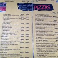 Foto diambil di Pizza Cala oleh Raimundo L. pada 2/15/2013