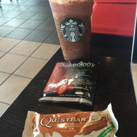 Photo taken at Starbucks by Toby M. on 2/12/2016