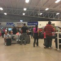 Foto tomada en Terminal de Autobuses Nuevo Milenio de Zapopan por Ismael V. el 7/20/2013