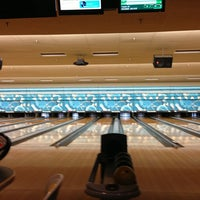 Photo taken at Park Tavern Bowling & Entertainment by David O. on 1/4/2013