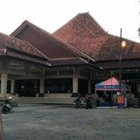 Photo taken at Gedung Sunan Pandanaran (RSPD) by cornelius h. on 8/11/2014