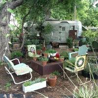 Снимок сделан в East Austin Succulents пользователем Michael C. 6/6/2013