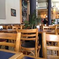 Foto tomada en Totem Pizza por Pierre M. el 12/12/2012