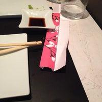 Foto scattata a Magnolia Sushi Bar da Romina Z. il 6/22/2014