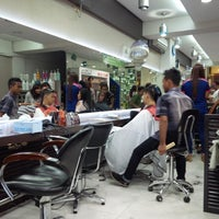 Photo taken at Jonathan Creative Hair & Make Up by AGUSTINUS R. on 7/20/2014