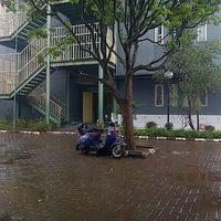 Photo taken at Sekolah Karakter (IHF) by Elwadi Rendang U. on 1/8/2014