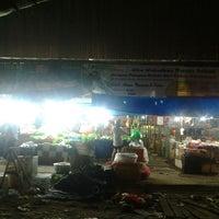 Photo taken at Pasar Flamboyan by Nurhadi N. on 7/16/2013