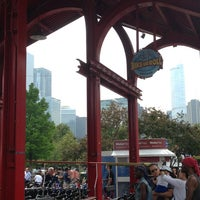 Photo taken at Bike and Roll Chicago by Harshala on 7/4/2013