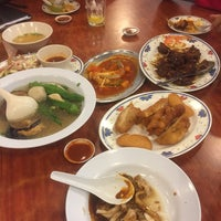 Photo taken at Restoran 3A Yong Tau Foo & Cheong Fun by Abe V. on 4/27/2017