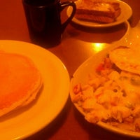 Photo taken at Petie's Family Restaurant by Jettie L. on 12/7/2012