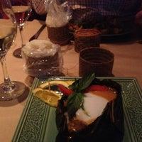 Photo taken at Restaurant Thaïlande by Mui-Mui on 1/24/2013