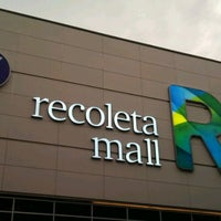 Foto tirada no(a) Recoleta Mall por sERgiO E. em 12/17/2012