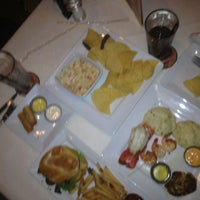 Photo taken at Ruby Tuesday by Jhalf on 9/15/2013